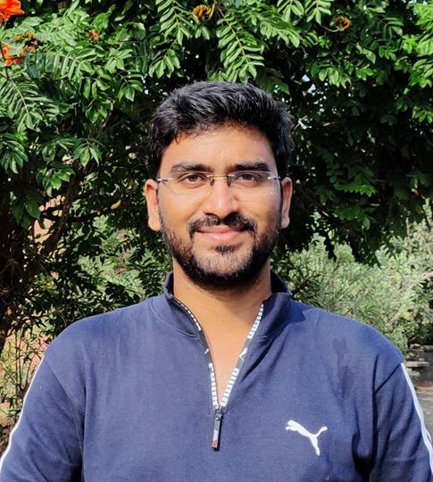 Webinar speakar - Shadab Mohammed